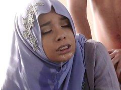Teenage Anal In Her Hijab