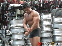 Tony Searle shows his perfect muscles