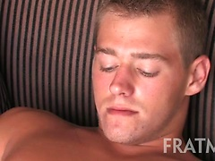 Fratmen Harrison, Added: 2011-11-25, 00:00:30