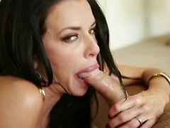 Hot brunette Veronica Avluv deepthroating