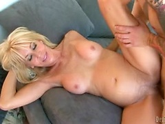 Erica Lauren in That Cougar Fucks Like An Animal #05