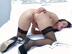 Hot MILF Tammie Lee in black stockings