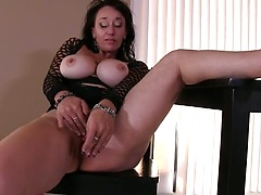 Busty mature lady Sugar Sweet toying pussy