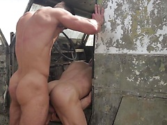 Prisoner of War Part 2 - DMH - Drill My Hole - Paddy O'Brian & Gabriel Vanderloo, Added: 2011-11-25, 00:01:04