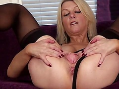 Emma Jane plays with her pussy