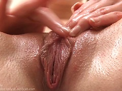 Alice March - Bubble Bath