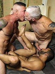 Hot Muscle Daddy 3-way