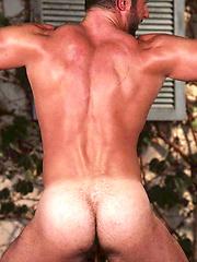 Todd Maxwell naked