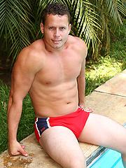 Denis Mello posing naked outdoors