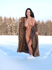 GWEN A: LOCAL WARMING by JAN VELS