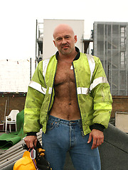 Hairy Construction Workers - Carlo Cox and Ray Stone