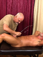 Noah Greene Massaged