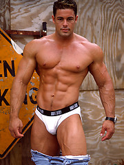 The return of the magnificent muscle hottie Ron Royce