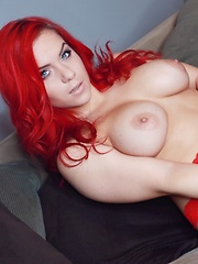 Harley teases in red lace. - Free porn pics. Sexhound.com