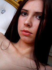 Slender brunette angel - Free porn pics. Sexhound.com