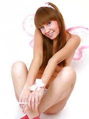 Alise in Angel Girl
