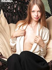 Tantalizing pussy - Free porn pics. Sexhound.com