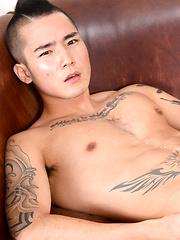 Gorgeous Japanese Student Yoshi