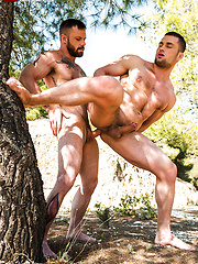 Sergeant Miles Flip-Fucks With Stas Landon