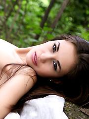 Mila Princess Of The Forest - Free porn pics. Sexhound.com