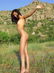 Bianca - Mountain Of Love - Free porn pics. Sexhound.com