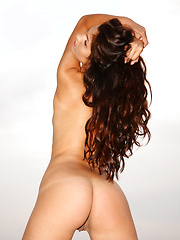 Lucia - Naked In The Sand - Free porn pics. Sexhound.com
