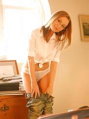 Carla Brown - Free porn pics. Sexhound.com