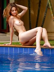 Anya - Look Of Innocence - Free porn pics. Sexhound.com