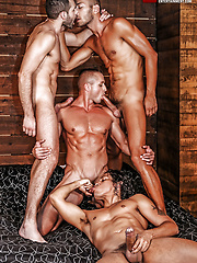 Alejandro Castillo, Wolf Rayet, Dominic Arrow, Dennis Sokolov - Raw Sucking And Fucking