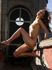 Alisa - The Watchtower - Free porn pics. Sexhound.com