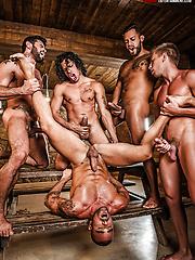 Alejandro Castillo, Viktor Rom, Bogdan Gromov, Mario Domenech, And Damien Crosse's Bareback Orgy