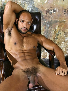Gay Ebony Athletes & Black Musle Men Porn