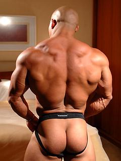 Gay Bodybuilders & Muscle Men Porn