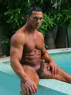 Surf Muscle Jock Cumshot
