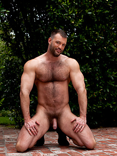Hairy Muscle Men Shows Cocks and Fucking