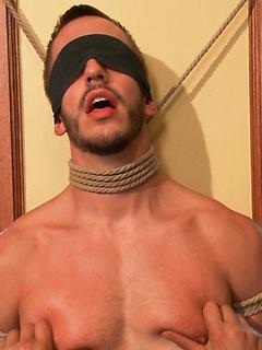 Bondage & Muscle Men Bounded Porn Pics