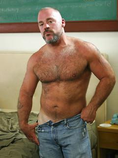 Muscle Bears Free Gay Porn Pics