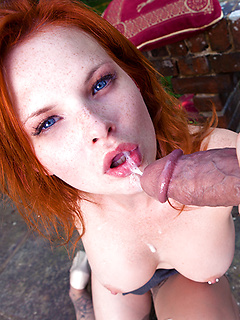 Red cuteie Tarra White fucked