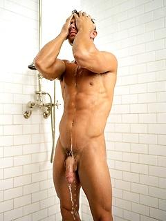Gay Shower Pics