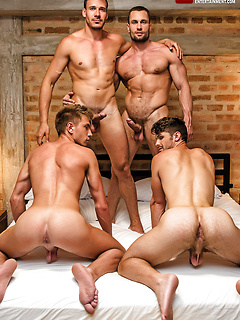 Muscle Group Sex and Orgies Pics