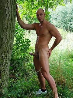 Gay Outdoors Pics
