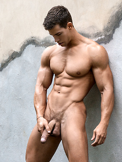 Muscle Studs Fucking and Posing Naked